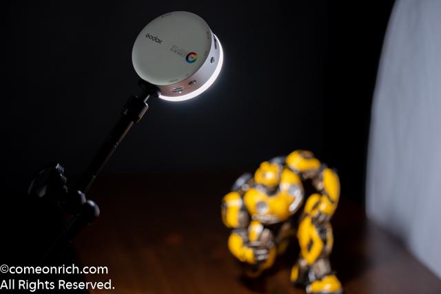 Godox R1 RGB ビデオライト 2/3 評価レビュー フィギュア撮影 ライティング