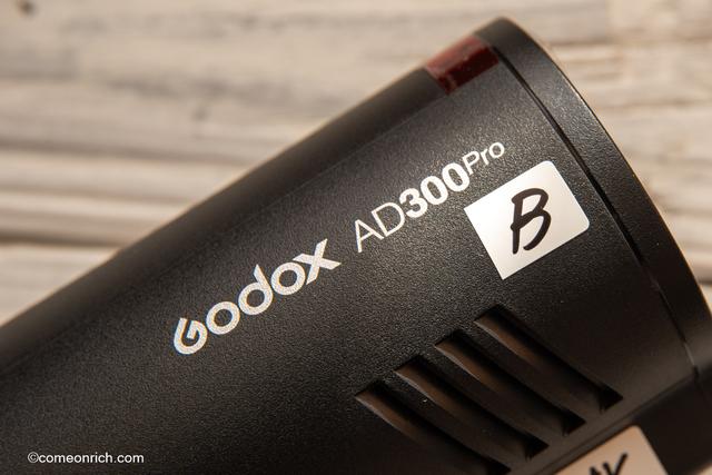 多灯ライティング ストロボに名前を付ける AD300